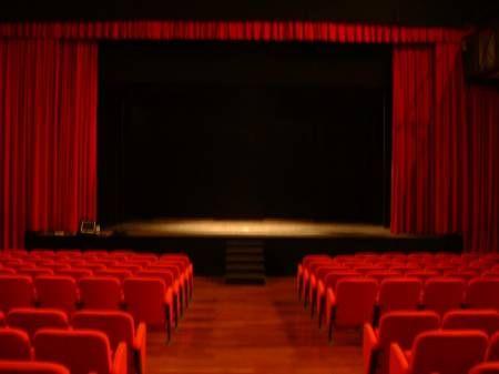 Escola de Teatro abre inscrições para cursos gratuitos em SP