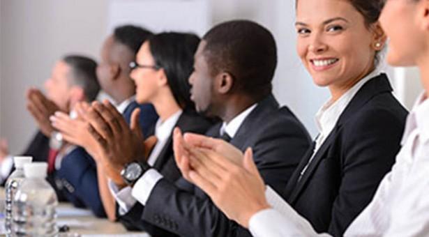 Curso online gratuito de etiqueta empresarial