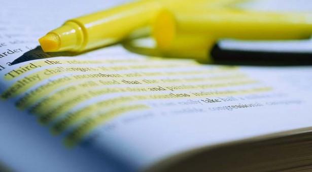 Dicas para grifar frases importantes no livro didático