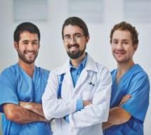 Vantagens e desvantagens de cursar medicina em outro país