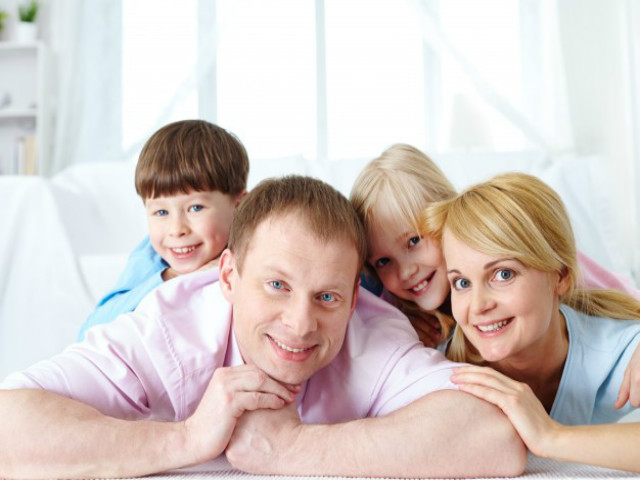 Como Pais E Filhos Se Ajudam Na Volta às Aulas?