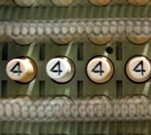 Você conhece a teoria dos quatro quatros?