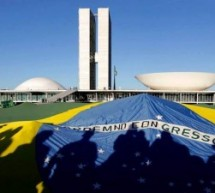 Livro Sobre História Política no Brasil para Download Grátis