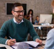 Como fazer um resumo profissional e encantar o recrutador