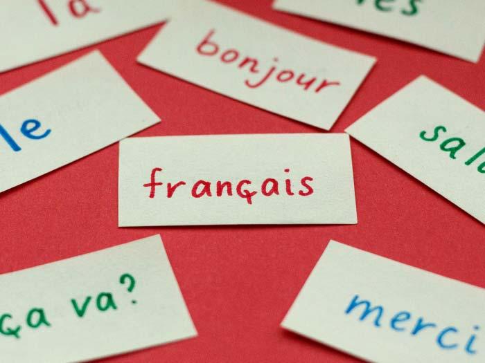 Como falar francês