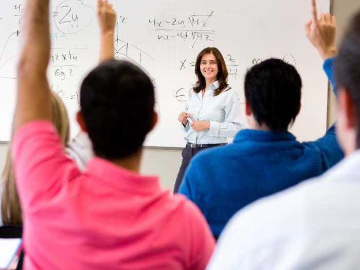 como o professor deve se comportar no primeiro dia de aula,