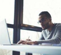 UDEMY oferece 2 cursos gratuitos sobre negócios