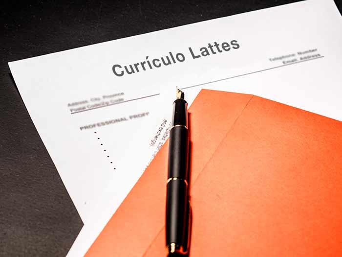 Como fazer currículo Lattes