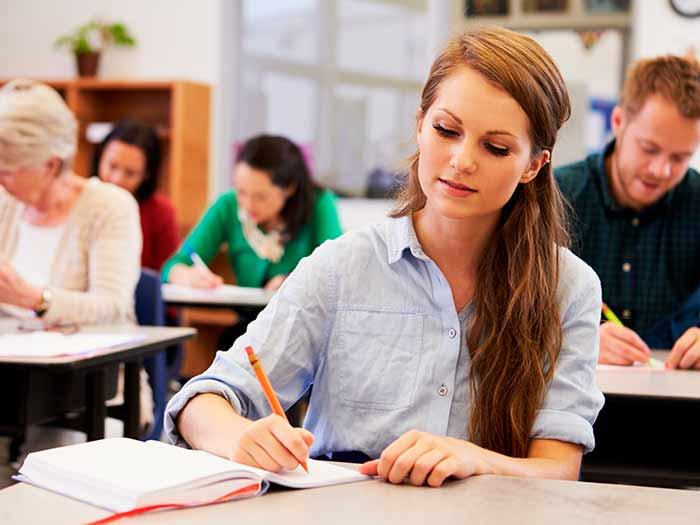 Cursos técnicos e cursos livres