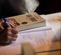 Quais são os recursos persuasivos para um bom texto discursivo?